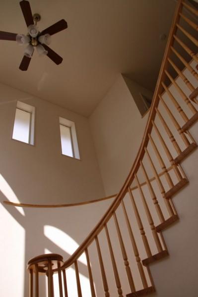 アーチ階段